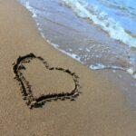 蟹座女性の恋愛の特徴とは?効果的なアプローチ術から相性のいい星座まで徹底解説!